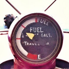 This hand-painted fuel gauge is emblematic of the E-4000's pre-war style