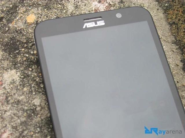 Asus Zenfone 2 Deluxe display