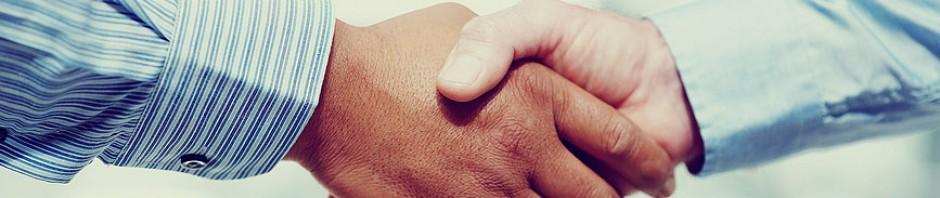 cropped-handshakerer.jpg