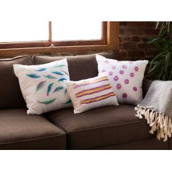 Piquant Watercolor Pillows Diy Wedding Gifts That Anyone Can Make Digest Diy Wedding Gifts Bride Groom Mom Diy Wedding Gifts
