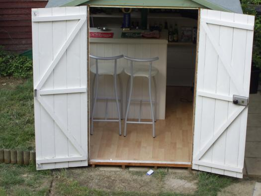 dog house pub shed