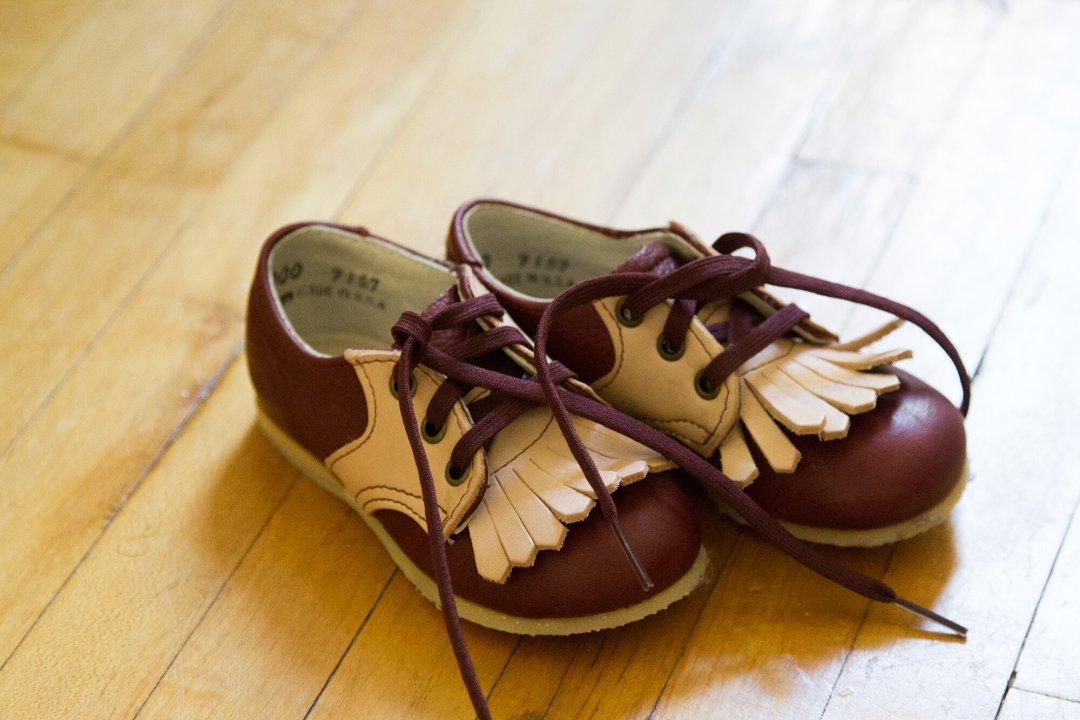saddle_shoes_reading_my_tea_leaves_img_3962
