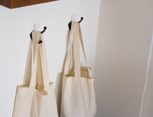 bags_reading_my_tea_leaves_img_6145