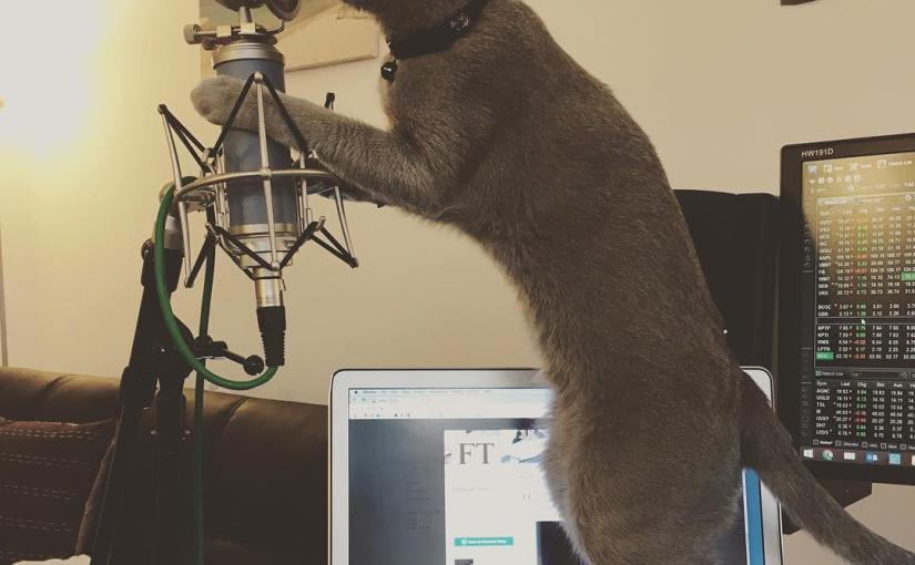 Recording my new song!! 🎵🎤🎵🎤 la la la