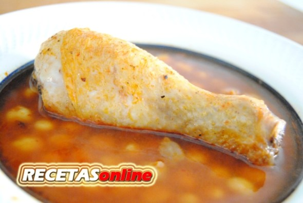 Garbanzos con pollo - Recetas de cocina RECETASonline