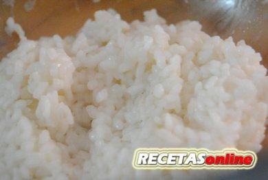 Arroz cocido en el microondas - Recetas de cocina RECETASonline