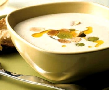 recipe-nuts-almond-soup-half