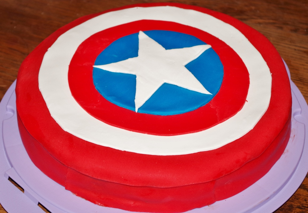 Top Balico & co. » Décoration de gâteau en pâte à sucre EM47