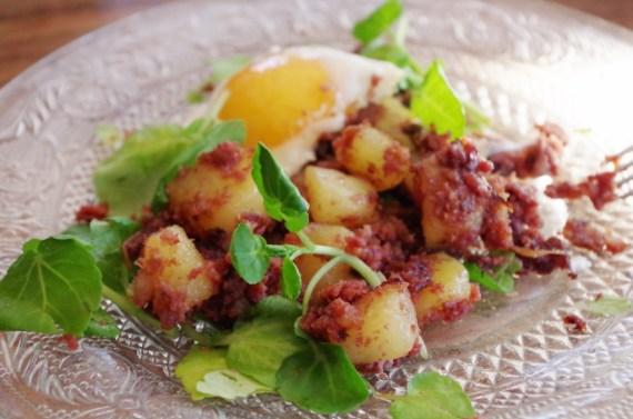 Corned-beef aux pommes de terre sautées - Cuisine américaine Flan pâtissier traditionnel - Cuisine française © par Fanny GRW - Recettes d'ici et d'ailleurs