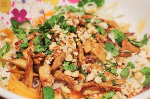 Bo Bun à la volaille - Cuisine du Vietnam ©Recettes d'ici et d'ailleurs