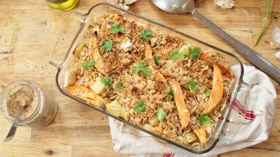Crumble de patate douce, courge et pomme de terre aux flocons d'avoine et amande