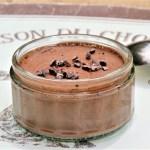 Mousse au chocolat vegan à l'aquafaba (eau de conserve des pois chiche) © Balico & co