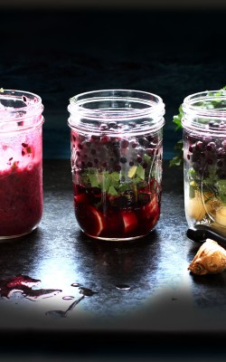 Make ahead morning smoothies with blueberry and ginger