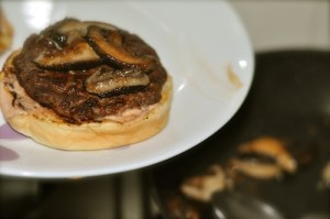 home made beef burger - sauteed mushroom topping