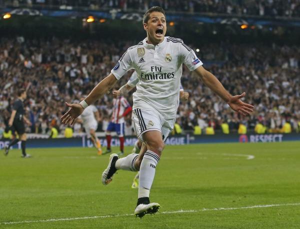 Chicharito Hernández celebrando un gol con el Real Madrid