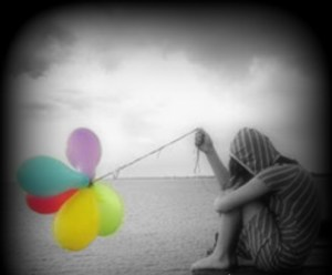 13-balloon-lonely-girl-sad11-black-white