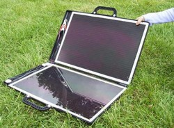 briefcase600solarcharger small Sunshine came softly...