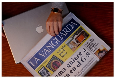 laptopcaseagainstcrime Laptop Case Against Crime   laptop bag disguised as a newspaper