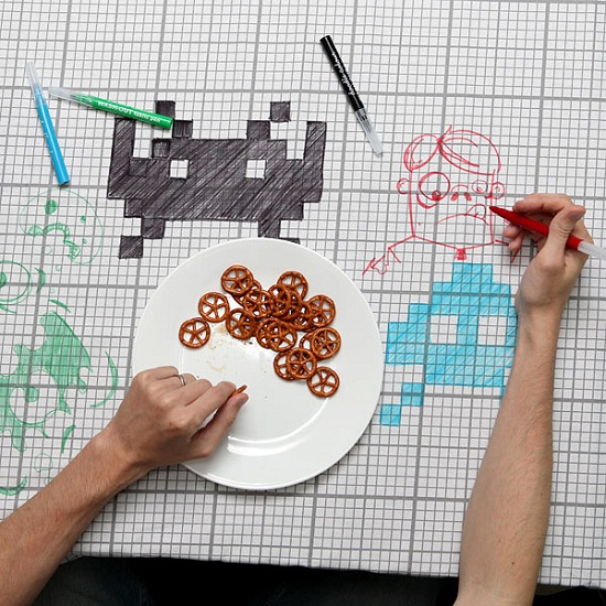 doodle tablecloth inuse Doodle Tablecloth makes dinner more entertaining