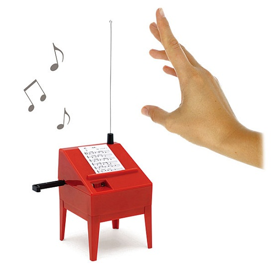 Theremin Mini Kit可让您制作音乐…with SCIENCE!