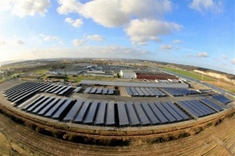 renaultsolarsystem2 Renault bets big on solar power