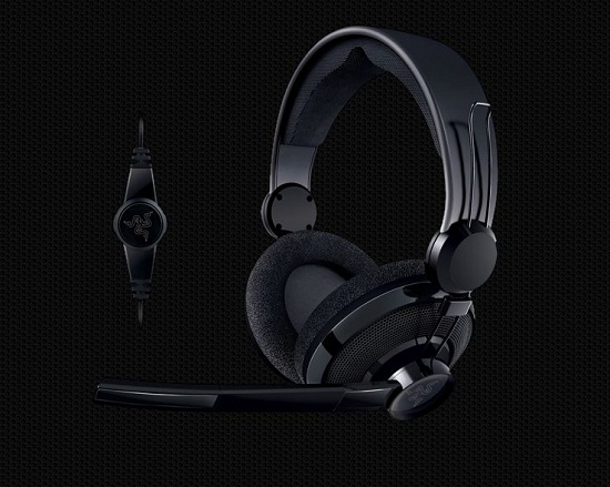 Carcharias Razer Razer Carcharias Headset is a console gamers dream