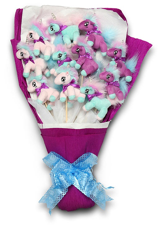 f29f plush unicorn bouquet Plush Unicorn Bouquet – nothing says love like an arrangement of magical horses