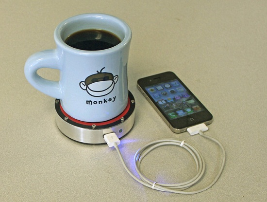 Epiphany onE Puck monkey Epiphany onE Puck – If you can set down a drink, you can charge your phone