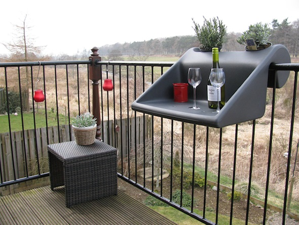 The balKonzept Balcony Table – a breath of fresh air