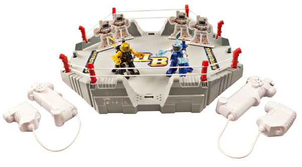 Battroborgs Battle Arena with wireless controllers Battroborgs – Rock 'Em Sock 'Em Robots get an upgrade