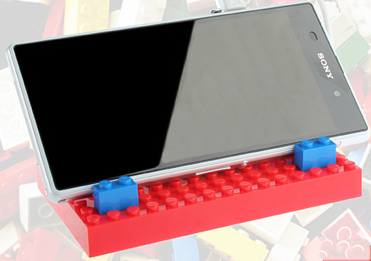 legopowerbrick LEGO Power Brick 4200mAh Charger   show people exactly what you think of all this high tech worship