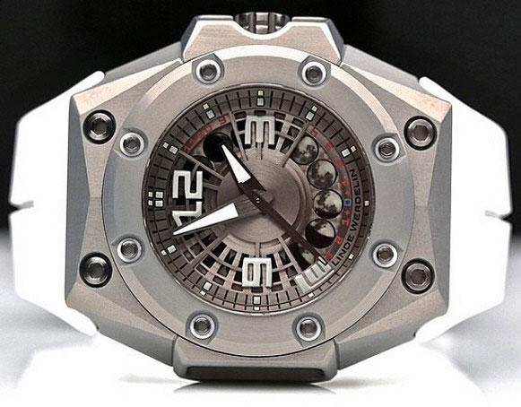 lindewerdelin1 Linde Werdelin   the ultimate combination of analog and digital luxury