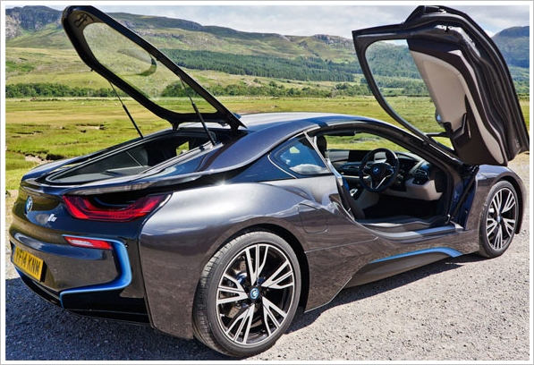 bmwi8c BMW i8   155mph, 134.5 mpg, is this the most amazing car ever made? [Review]
