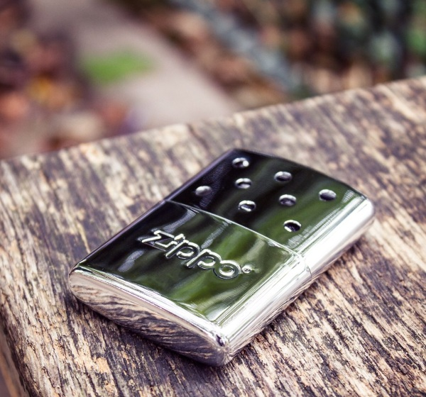 Zippo Mini Handwarmer – because gloves ruin productivity