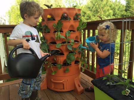 Garden Tower 2 – grow healthy food in a small space with ease