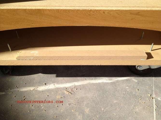 Dresser with arch
