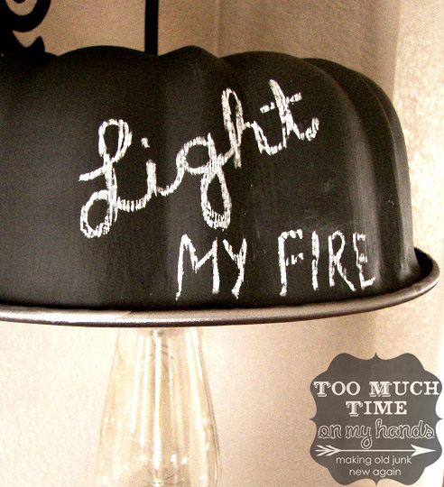 DIY-Bundt-Pan-Chalkboard-Hanging-Lamp-1-copy