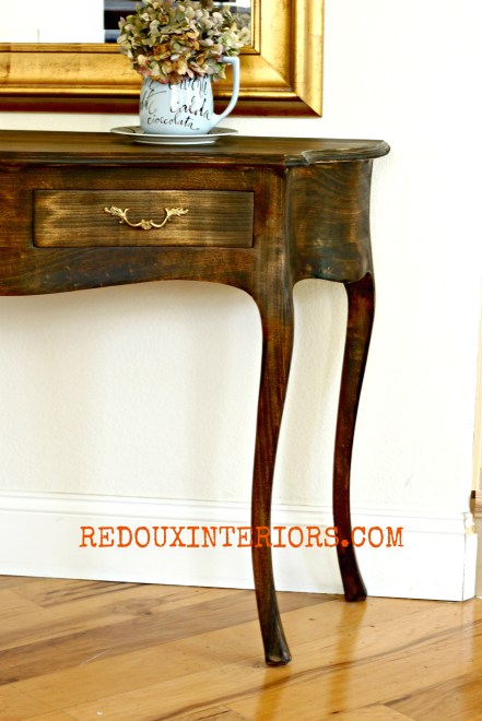 Stained Entry table side redouxinteriors