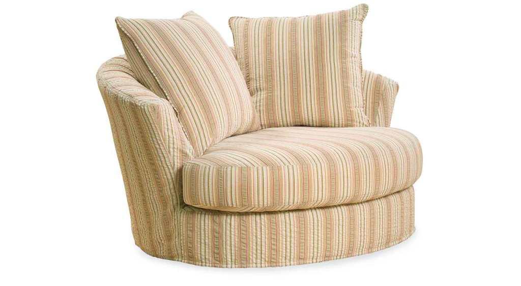 Half circle chair