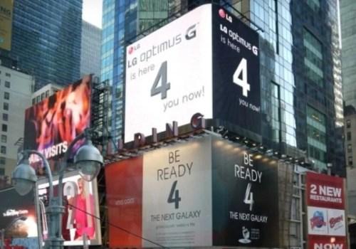 LG  sgambetta Samsung a Times Square