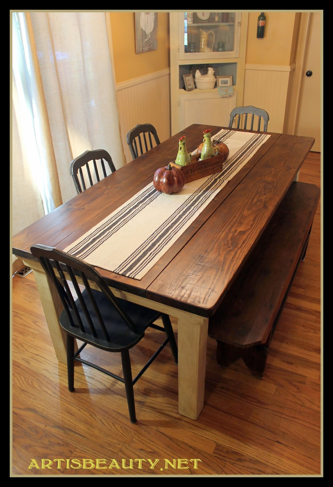 how to build a beautiful DIY farmhouse table featured on Remodelaholic