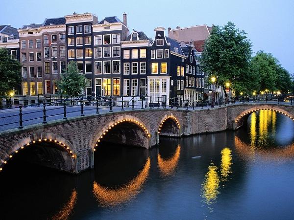 amsterdam belanda luar negeri wisata eropa