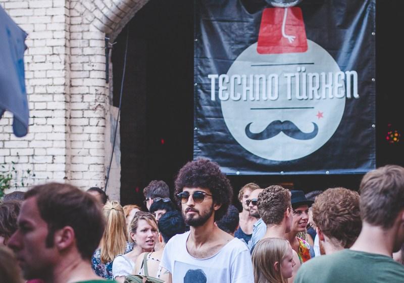techno_tuerken-zug-der-liebe-2015_renk