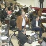 La designación de los integrantes del Tribunal Supremo puso en evidencia los grupos existentes dentro del Parlamento.