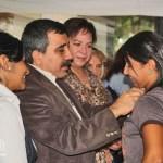 Andrea Forero, hija del comisario Lázaro Forero, condenado por los hechos abril de 2002, fue una de las huelguistas condecorados.