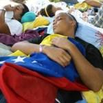 Los nueve huelguistas de hambre amenazan con radicalizar la protesta si el Gobierno no toma acciones.