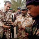 Los rebeldes preparan su arsenal ante una acción inminente y adiestran a miles de libios para marchar a Trípoli.