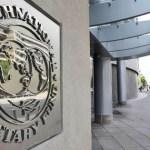 El FMI establece que los países miembros tienen la obligación de presentar sus cuentas públicas una vez al año.