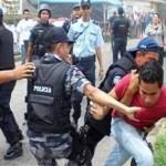 Una vez mas la represiva policía estatal se ve involucrada en otro atropello ahora con los trabajadores y productores del CAAEZ.