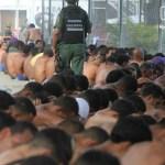 """Unos 4.000 integrantes de la Fuerza Armada intervinieron hoy el complejo carcelario Rodeo I y II, en una operación de """"requisa""""."""